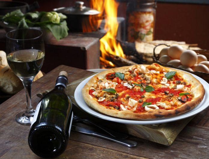 Vino e pizza: il miglior abbinamento con Wineowine